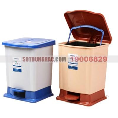 Thùng đựng rác nhựa đạp chân